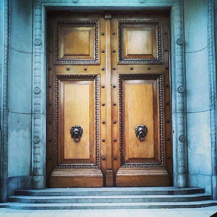 legislatura-puerta