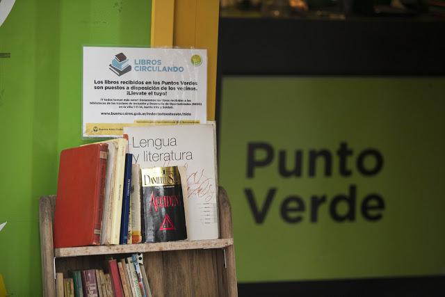 puntos-verdes-especiales-donacion-libros-3