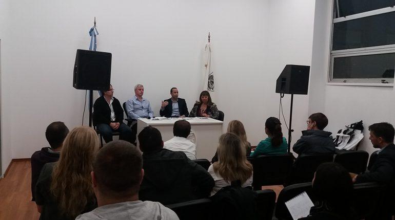 legislatura-en-la-comuna-14-abril-2017-1