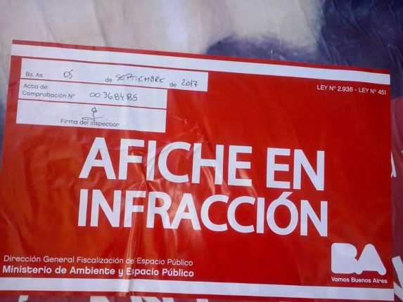 afiche-en-infraccion-3